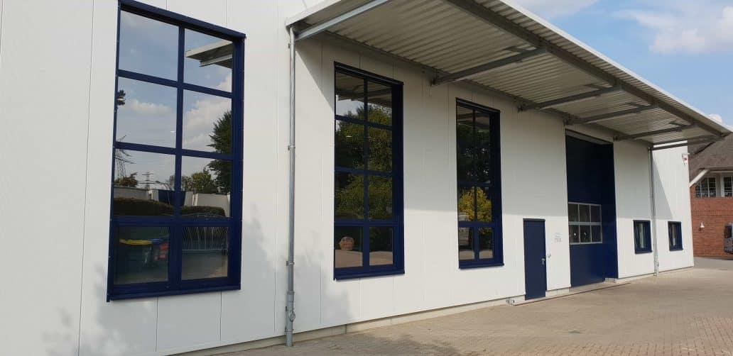 Warum Unternehmen Fensterfolien installieren